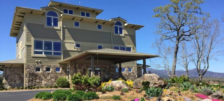 Lucille's Mountain Top Inn & Spa in Sautee Nacoochee, Georgia